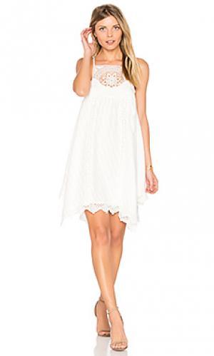 Платье ellis SAYLOR. Цвет: белый