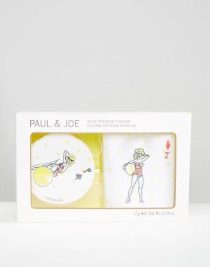 Paul & Joe Защитная шелковистая компактная пудра ограниченной серии. Цвет: бежевый