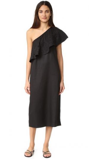 Платье с вышивкой и открытым плечом Mara Hoffman. Цвет: голубой