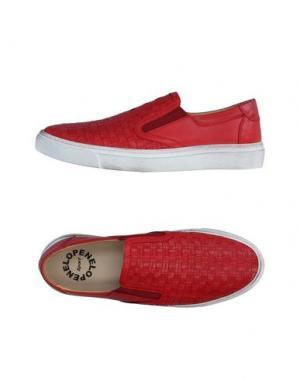 Низкие кеды и кроссовки PENELOPE. Цвет: красный