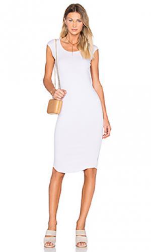 Платье с рукавами-фонариками MONROW. Цвет: бледно-лиловый