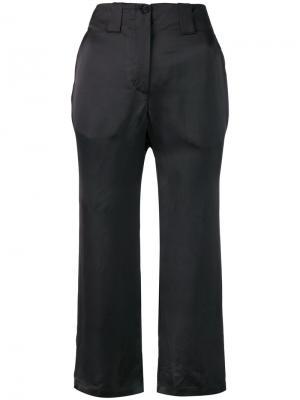 Атласные укороченные брюки Aalto. Цвет: чёрный