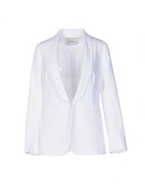 Пиджак BEATRICE. Цвет: белый