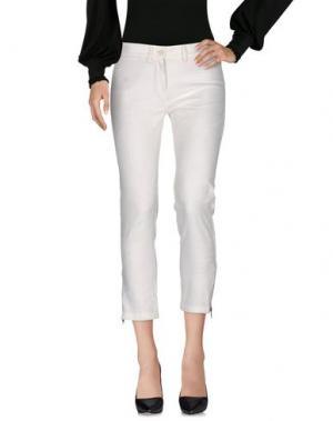 Повседневные брюки ANN DEMEULEMEESTER. Цвет: слоновая кость