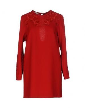 Короткое платье DANIELE CARLOTTA. Цвет: красный