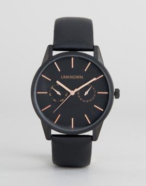 UNKNOWN Часы с черным кожаным ремешком. Цвет: черный