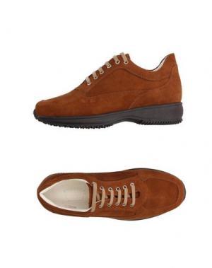 Низкие кеды и кроссовки BRUNO VERRI. Цвет: коричневый