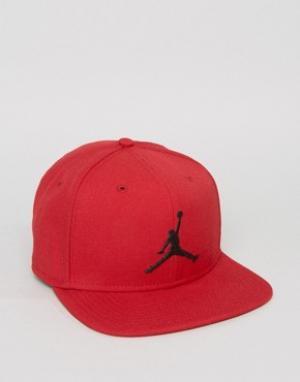 Jordan Красная бейсболка Nike Jumpman 619359-688. Цвет: красный