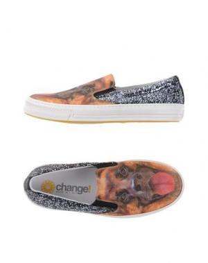 Низкие кеды и кроссовки CHANGE. Цвет: коричневый