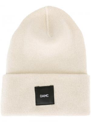 Шапка-бини с логотипом Oamc. Цвет: телесный