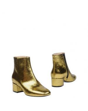 Полусапоги и высокие ботинки LERRE. Цвет: золотистый