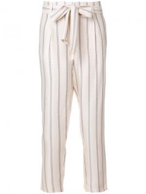 Зауженные брюки в полоску Forte. Цвет: телесный