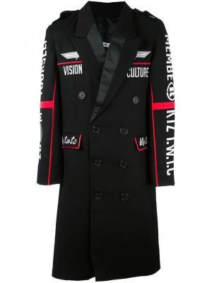 Пальто с вышивкой KTZ. Цвет: чёрный