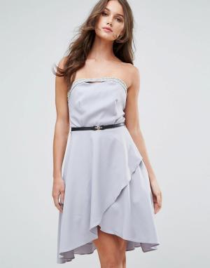 Little Mistress Платье-бандо с декоративной отделкой и ремнем. Цвет: серый