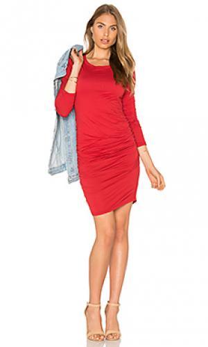 Мини платье с круглым вырезом и длинным рукавом yurel Velvet by Graham & Spencer. Цвет: красный