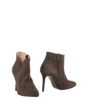 Полусапоги и высокие ботинки G.P. PER NOY BOLOGNA. Цвет: коричневый