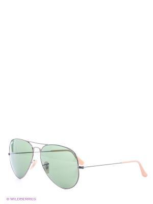 Очки солнцезащитные Ray Ban. Цвет: зеленый