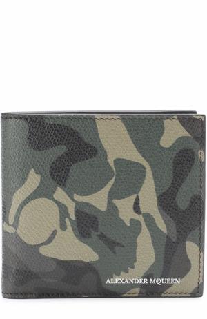 Кожаное портмоне с камуфляжным принтом Alexander McQueen. Цвет: хаки