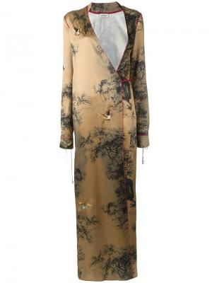 Платье с запахом и V-образным вырезом Attico. Цвет: телесный