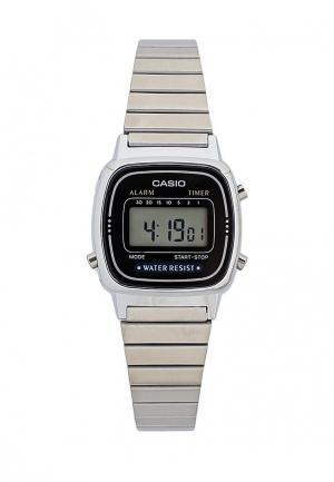 Часы Casio. Цвет: серебряный