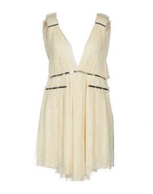 Короткое платье JAY AHR. Цвет: слоновая кость