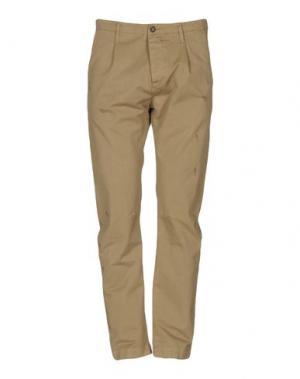 Джинсовые брюки NOVEMB3R. Цвет: зеленый-милитари