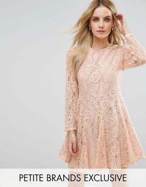John Zack Petite Кружевное приталенное платье для выпускного. Цвет: розовый