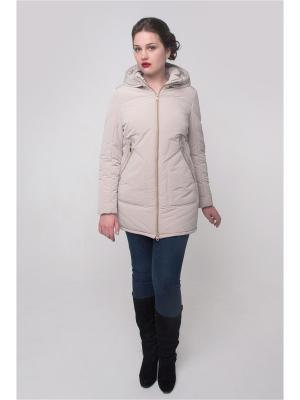 Куртка Леда Versia. Цвет: бежевый