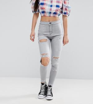 New Look Petite Выбеленные джинсы скинни с рваными коленями. Цвет: серый