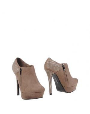 Ботинки MISS ROBERTA. Цвет: хаки