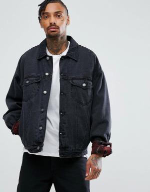 ASOS Выбеленная черная утепленная джинсовая куртка в стиле оверсайз. Цвет: черный