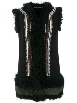 Куртка без рукавов с вышивкой Bazar Deluxe. Цвет: чёрный