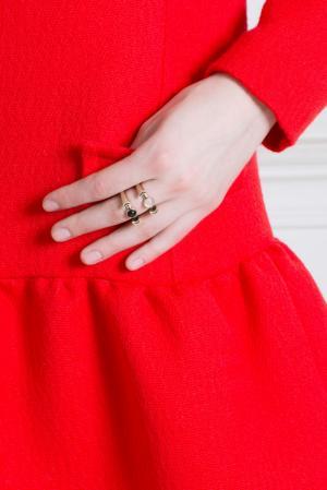 Бронзовое кольцо с ониксом Pamela Love. Цвет: бронзовый, черный