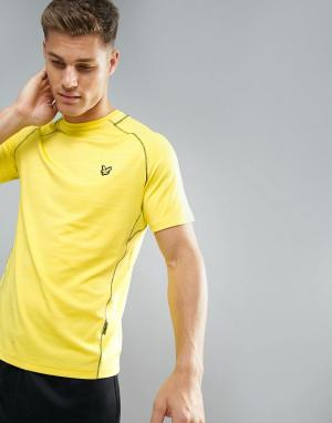 Lyle & Scott Fitness Желтая спортивная футболка с контрастной отделкой. Цвет: желтый