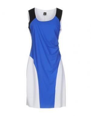 Короткое платье ONE. Цвет: синий