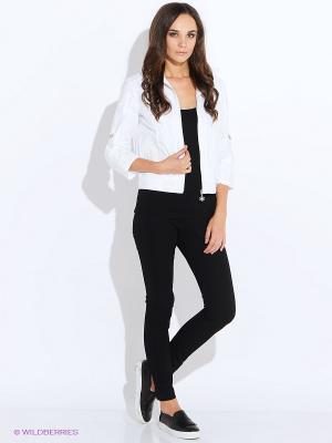 Куртка Oodji. Цвет: белый