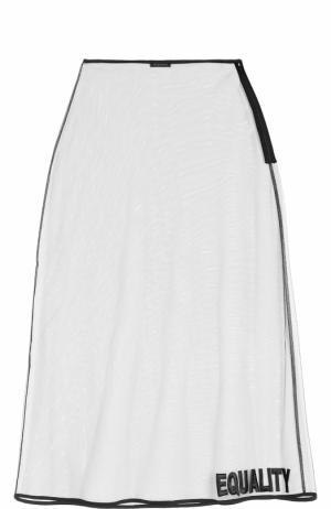 Прозрачная юбка-миди Versace. Цвет: бесцветный