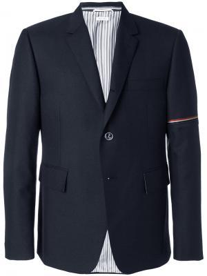 Пиджак с лентой на рукаве Thom Browne. Цвет: синий