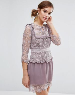 Little White Lies Кружевное платье с декоративной вставкой на груди Ra. Цвет: фиолетовый
