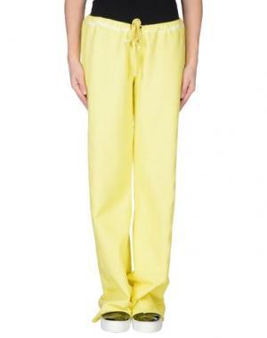 Повседневные брюки FOURMINDS. Цвет: желтый