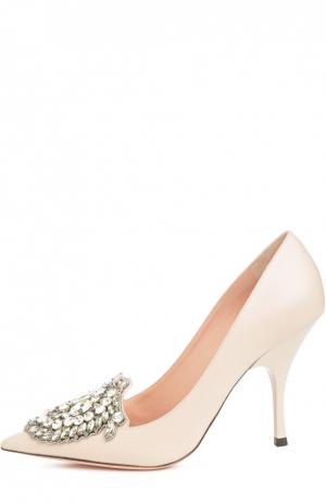 Кожаные туфли с кристаллами Rochas. Цвет: розовый