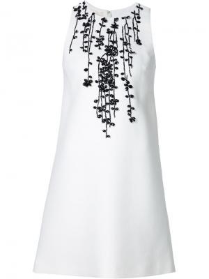 Платье-шифт с вышивкой из бисера Giambattista Valli. Цвет: белый