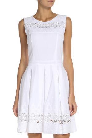 Летнее платье с вышивкой Stella Di Mare. Цвет: кремовый