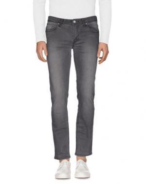 Джинсовые брюки GNIOUS. Цвет: серый