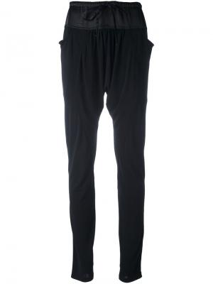 Узкие брюки с заниженным шаговым швом Tsumori Chisato. Цвет: чёрный