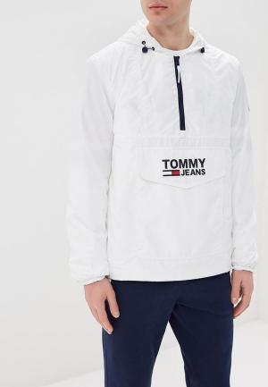 Куртка Tommy Jeans. Цвет: белый