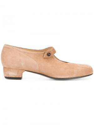 Туфли с закругленным носком Daniela Gregis. Цвет: коричневый
