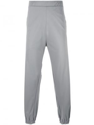 Спортивные брюки с принтом-логотипом Astrid Andersen. Цвет: серый