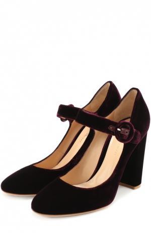 Бархатные туфли Lorraine с ремешком Gianvito Rossi. Цвет: бордовый