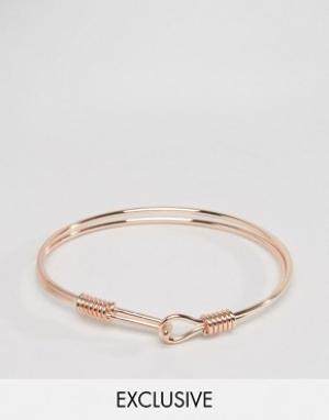 DesignB London Золотисто-розовый металлический браслет с крючком эксклюзивно. Цвет: золотой